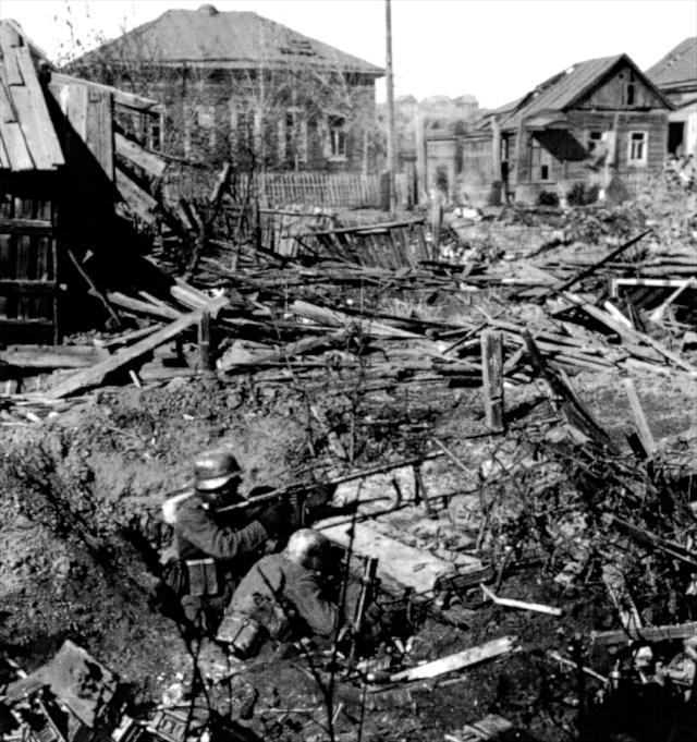 二战史上最血腥的战役:85万人战后仅剩1500人