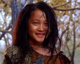 她4岁拍戏17岁红遍全国 背景显赫无人敢潜 (组图)