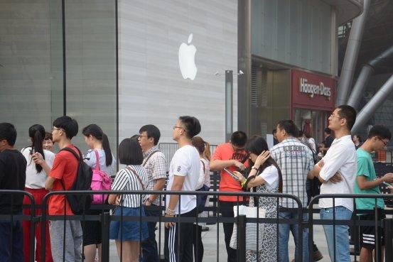 iPhone X上阵 苹果能否在华打响翻身仗?(图)