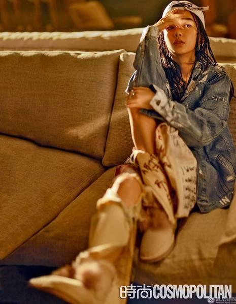 Angelababy登杂志封面 满头小辫演绎嘻哈酷女孩